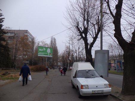 Тумба №148941 в городе Днепр (Днепропетровская область), размещение наружной рекламы, IDMedia-аренда по самым низким ценам!