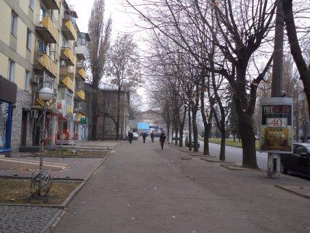 Тумба №148952 в городе Днепр (Днепропетровская область), размещение наружной рекламы, IDMedia-аренда по самым низким ценам!