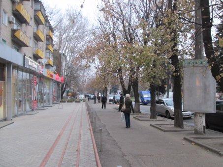 Тумба №148959 в городе Днепр (Днепропетровская область), размещение наружной рекламы, IDMedia-аренда по самым низким ценам!