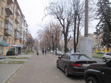 Тумба №148965 в городе Днепр (Днепропетровская область), размещение наружной рекламы, IDMedia-аренда по самым низким ценам!