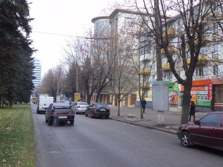 Тумба №148978 в городе Днепр (Днепропетровская область), размещение наружной рекламы, IDMedia-аренда по самым низким ценам!