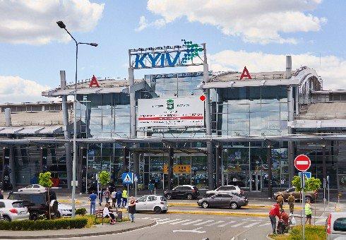 Брандмауэр №199930 в городе Киев (Киевская область), размещение наружной рекламы, IDMedia-аренда по самым низким ценам!
