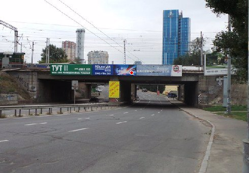 Брандмауэр №200509 в городе Киев (Киевская область), размещение наружной рекламы, IDMedia-аренда по самым низким ценам!