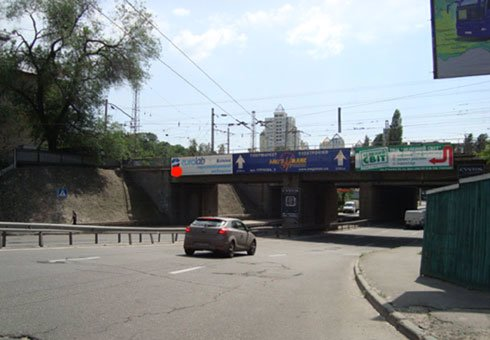Брандмауэр №200511 в городе Киев (Киевская область), размещение наружной рекламы, IDMedia-аренда по самым низким ценам!