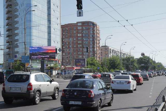 Экран №207766 в городе Киев (Киевская область), размещение наружной рекламы, IDMedia-аренда по самым низким ценам!