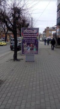 Ситилайт №213108 в городе Умань (Черкасская область), размещение наружной рекламы, IDMedia-аренда по самым низким ценам!