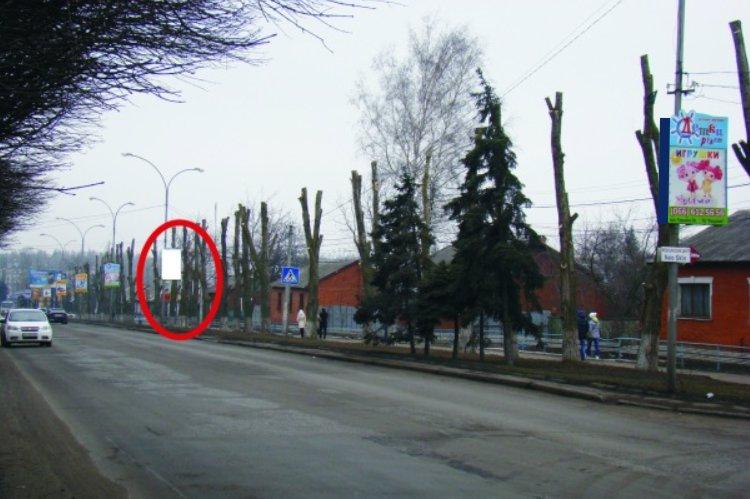 Холдер №218858 в городе Покровск(Красноармейск) (Донецкая область), размещение наружной рекламы, IDMedia-аренда по самым низким ценам!