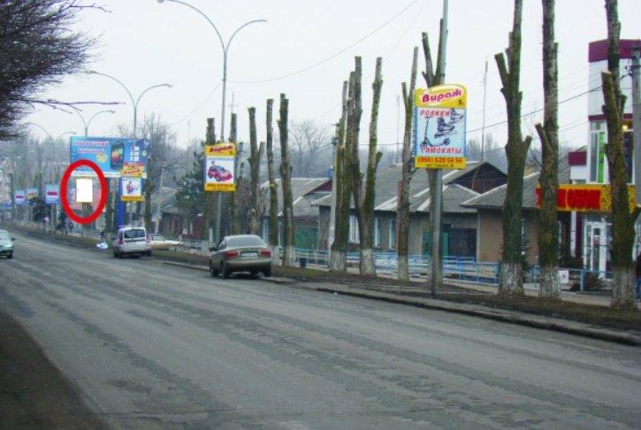 Холдер №218868 в городе Покровск(Красноармейск) (Донецкая область), размещение наружной рекламы, IDMedia-аренда по самым низким ценам!