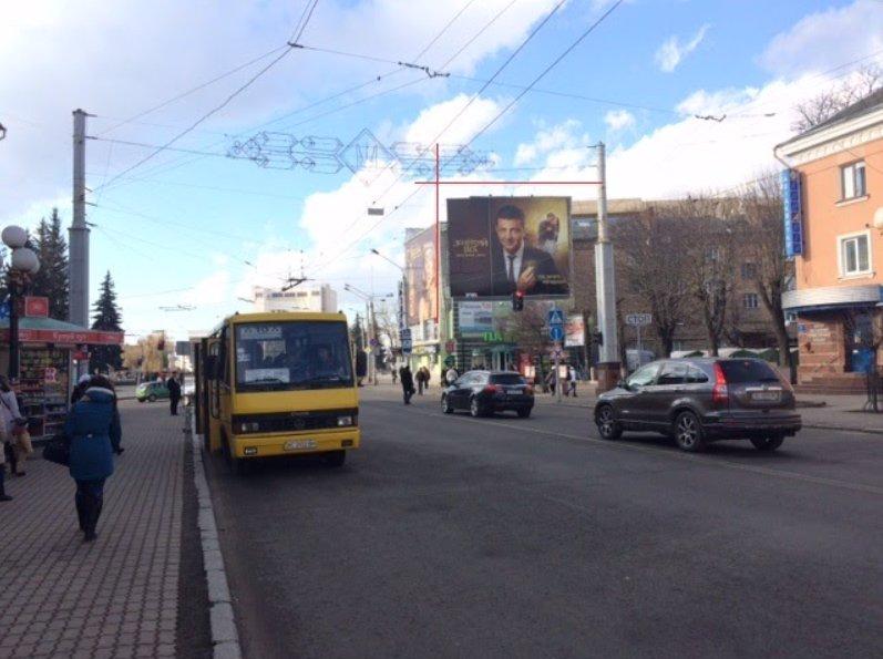 Брандмауэр №220839 в городе Луцк (Волынская область), размещение наружной рекламы, IDMedia-аренда по самым низким ценам!