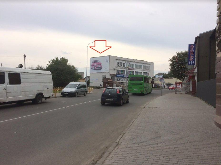 Брандмауэр №220843 в городе Владимир-Волынский (Волынская область), размещение наружной рекламы, IDMedia-аренда по самым низким ценам!