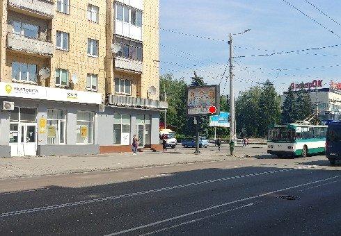 Скролл №222167 в городе Житомир (Житомирская область), размещение наружной рекламы, IDMedia-аренда по самым низким ценам!