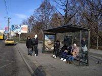 Остановка №225757 в городе Львов (Львовская область), размещение наружной рекламы, IDMedia-аренда по самым низким ценам!
