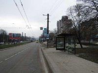 Остановка №225761 в городе Львов (Львовская область), размещение наружной рекламы, IDMedia-аренда по самым низким ценам!