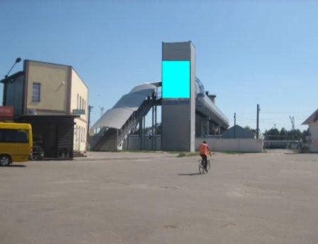 Брандмауэр №233596 в городе Люботин (Харьковская область), размещение наружной рекламы, IDMedia-аренда по самым низким ценам!
