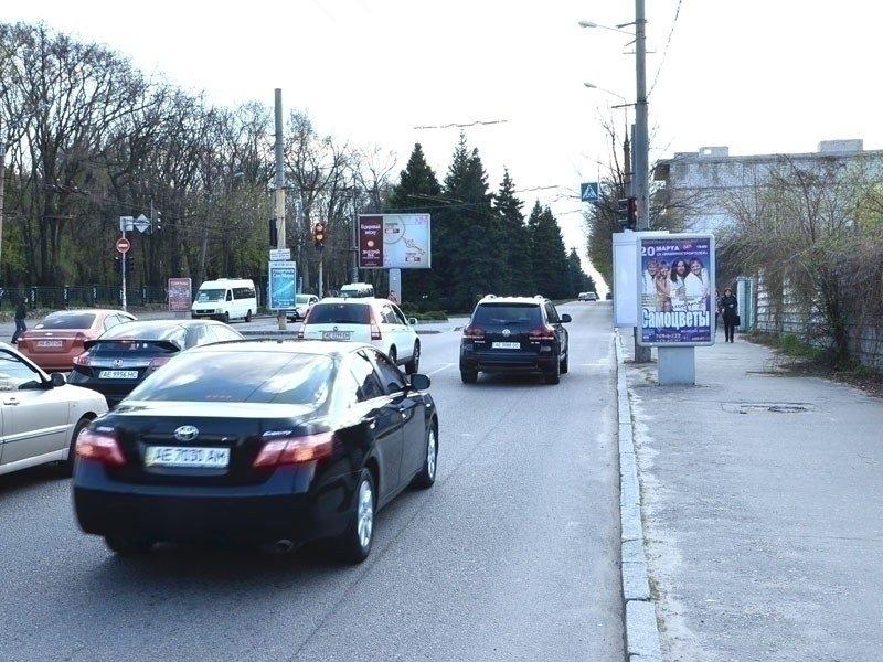 Ситилайт №240244 в городе Днепр (Днепропетровская область), размещение наружной рекламы, IDMedia-аренда по самым низким ценам!