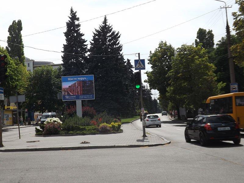 Экран №240758 в городе Днепр (Днепропетровская область), размещение наружной рекламы, IDMedia-аренда по самым низким ценам!