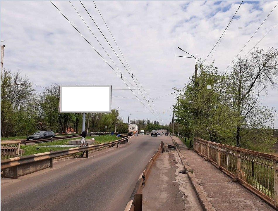 Билборд №241553 в городе Кривой Рог (Днепропетровская область), размещение наружной рекламы, IDMedia-аренда по самым низким ценам!
