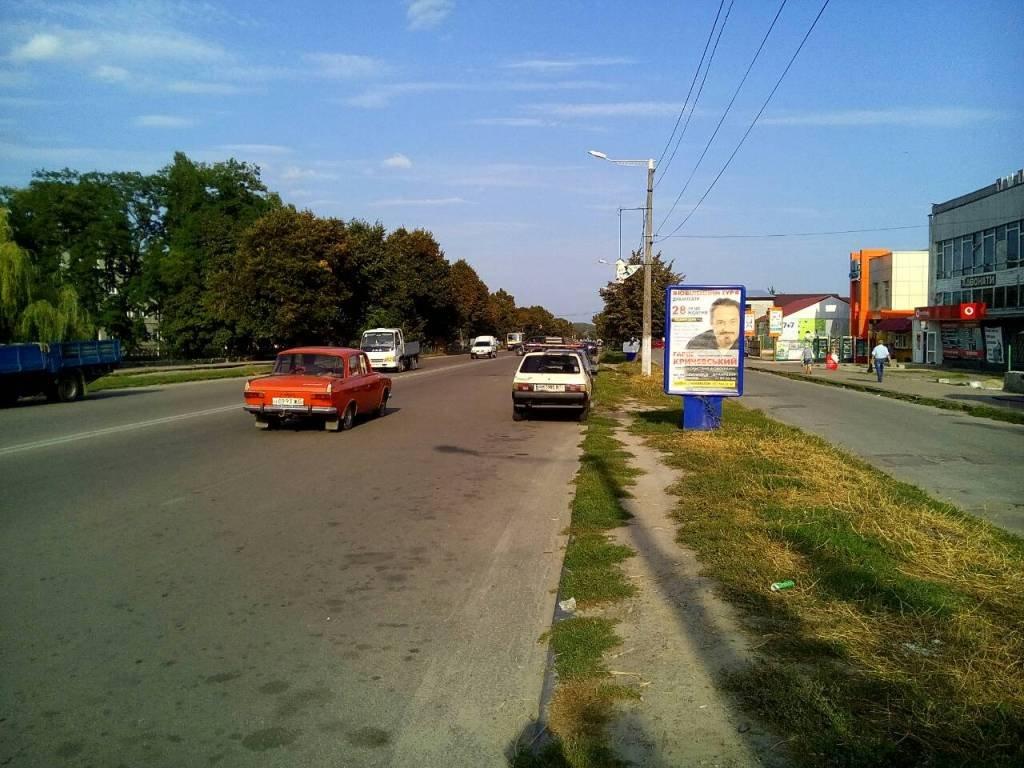 Ситилайт №242902 в городе Коростышев (Житомирская область), размещение наружной рекламы, IDMedia-аренда по самым низким ценам!